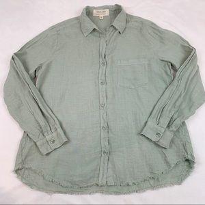 Cloth and Stone linen button up shirt frayed hem